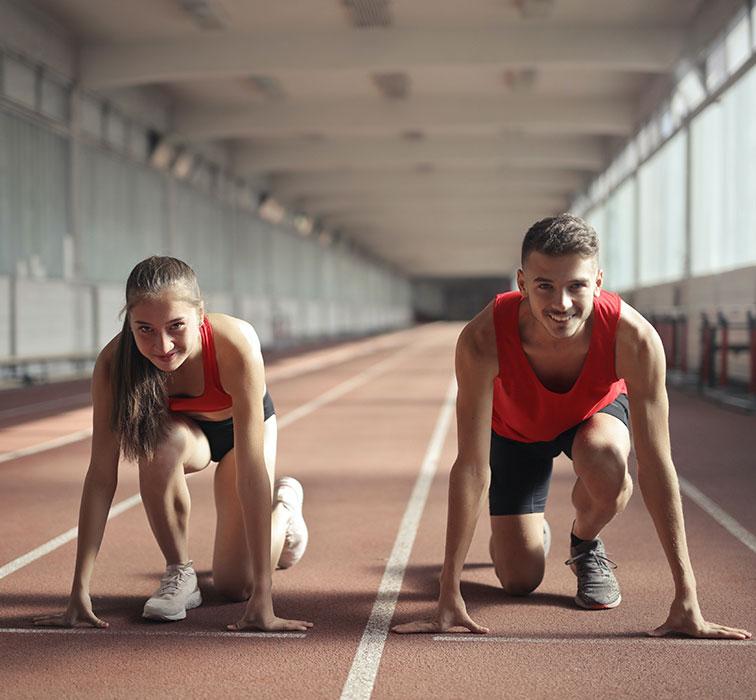 Athleten-auf-Bahn